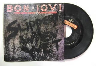 Bon Jovi / You Give Love A Bad Name