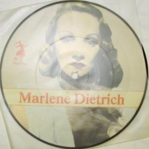 Marlene Dietrich / Lola       Pic Disc